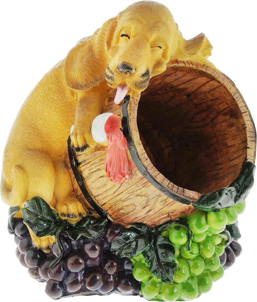 """Подставка для вина Drivemotion """"Пьяный рыжий пес"""", выполненная из высококачественного полистоуна, порадует вас и ваших гостей своим великолепным дизайном и яркими красками.  Поместите винную бутылку в эту красивую подставку, и гости не только надолго запомнят ваше мероприятие, но и будут рассказывать о нем другим.  Эта замечательная подставка может стать великолепным штрихом к вашему празднику.  Диаметр отверстия для бутылки: 8 см."""