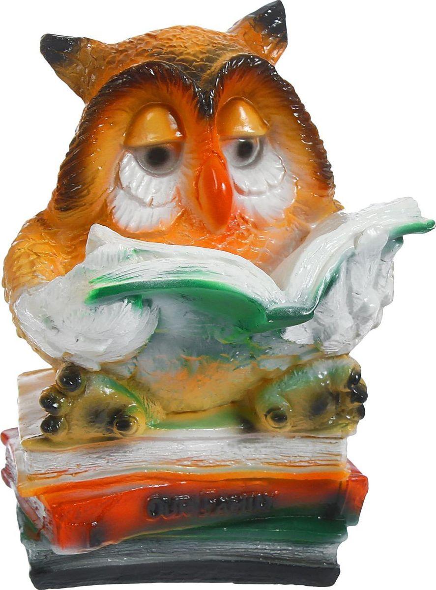 Копилка Сова с книгами, 17 х 18 х 27 см435665Многие знают, что сова издавна считается символом мудрости и спокойствия. Если у вас плохо идёт процесс накопления – приобретите такую сову. Она поможет отложить определённую сумму и грамотно ею распорядится. Поставьте копилку-сову в спокойное место, желательно рядом с книгами. Создайте ей максимальный комфорт, и она отплатить вам.Обращаем ваше внимание, что копилка является одноразовой.