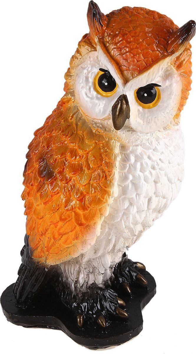 Копилка Нахохлившаяся сова, цвет: белый, оранжевый, 12 х 13 х 22 см692417Копилка — универсальный вариант подарка любому человеку, ведь каждый из нас мечтает о какой-то дорогостоящей вещи и откладывает или собирается откладывать деньги на её приобретение. Вместительная копилка станет прекрасным хранителем сбережений и украшением интерьера. Она выглядит так ярко и эффектно, что проходя мимо, обязательно захочется забросить пару монет.Обращаем ваше внимание, что копилка является одноразовой.