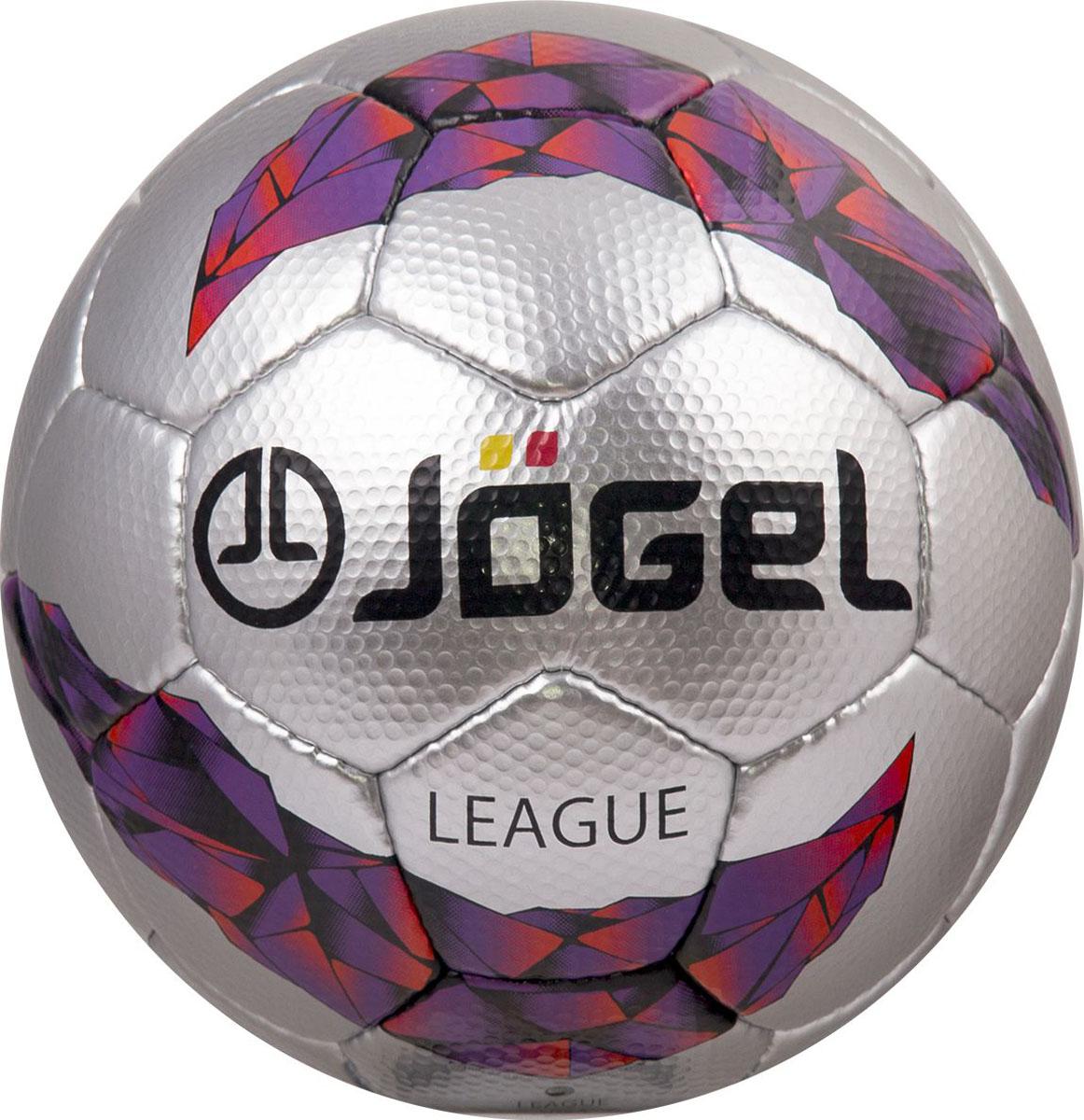 Мяч футбольный Jogel League, цвет: серый. Размер 5. JS-1300УТ-00009689Jogel JS-1300 League – превосходный мяч ручной сшивки матчевого уровня, соответствующий всем требованиям FIFA к мячам данного класса. Благодаря высококлассному японскому материалу покрышки мяча, обладающему специальными углублениями, происходит более плотный контакт и акцентированное сцепление мяча с обувью игрока, что позволяет улучшать контроль мяча во время игры. Данный мяч рекомендован для игр клубов среднего уровня, а также проведения тренировок и игр профессиональных команд. Поверхность мяча выполнена из текстурной синтетической кожи (полиуретан) японского производства на основе микрофибры толщиной 1,8 мм. Мяч имеет 4 подкладочных слоя на нетканой основе (смесь хлопка с полиэстером) и оснащен латексной камерой с бутиловым ниппелем, обеспечивающим долгое сохранение воздуха в камере.Уникальной особенностью, характерной для бренда Jogel, является традиционная конструкция мячей из 30 панелей.