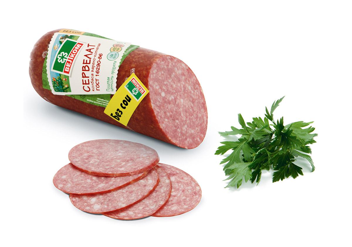 Велком Сервелат ГОСТ варено-копченый, 400 г70961Колбаса производится в соответствии с рецептурой ГОСТ, что гарантирует постоянство вкуса. При изготовлении используется охлажденная свинина собственного убоя, что обеспечивает безупречное качество продукта. Красивый срез и мелко зернистая структура – эталон в сегменте варено-копченых колбас.