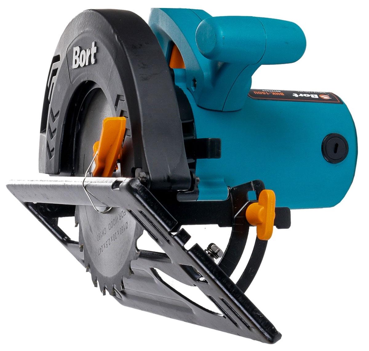 Пила дисковая Bort BHK-160U93727215_синийBort BHK-160U - это компактная модель циркулярки с максимальной глубиной пропила 55 мм и диаметром диска 165 мм. Подойдет для основных плотницких и столярных работ при ремонте и сборке деревянных конструкций. Пила снабжена удобной рукояткаой. Данная модель позволяет делать пропилы разной глубины под разными углами, для этого предусмотрены удобные регулируемые зажимы. Подобный электроинструмент применяют так же профессиональные мастера по дереву, плотники, столяры.