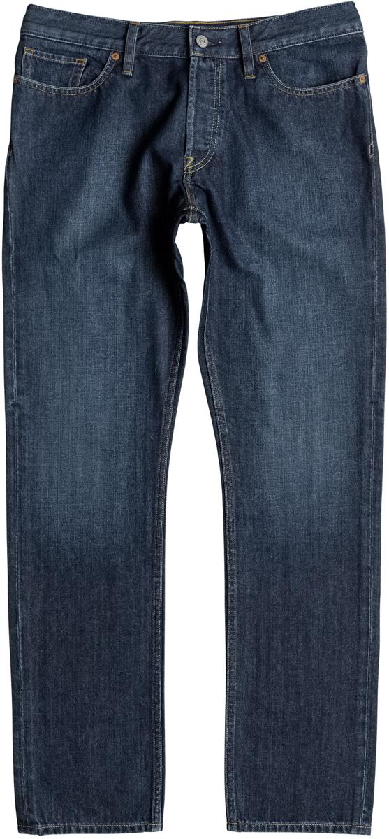 Брюки мужские DC Shoes, цвет: темно-синий, синий. EDYDP03338-BHLW. Размер 32 (48)EDYDP03338-BHLWСтильные брюки от DC Shoes выполнены из хлопка. Модель имеет классический пятикарманный крой: спереди - два втачных кармана и один маленький кармашек, сзади - два накладных кармана. Брюки прямого кроя и стандартной посадки в поясе застегиваются на пуговицу, имеются ширинка на молнии и шлевки для ремня.
