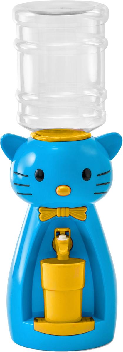 Мини-кулер для воды и сока HITT Мультик. Китти, цвет: синий, желтый, 2 лН25200_синий, желтыйДетский мини-кулер HITT Мультик. Китти выполнен из экологически чистого пластика. Изделие не греет и не охлаждает воду, поэтому вы можете не беспокоиться, что ребенок обожжется или простудит горло. Соки, компоты, отвары трав в этом кулере будут для малыша более привлекательны, чем лимонад и другие вредные для организма напитки. Кроха с удовольствием будет наливать напиток из кулера в небольшой стаканчик совсем как взрослый. Изделие легкое и компактное, поэтому его можно взять с собой на дачу или на пикник. Яркий дизайн, сочные цвета и веселый персонаж сделают такой кулер украшением стола на детском празднике.Ребенок станет потреблять больше жидкости. Вам не придется уговаривать его выпить молоко или компот.Стакан входит в комплект.Высота мини-кулера (с учетом бутылки): 49 см. Размер стаканчика: 6,5 х 5 х 8,5 см. Высота бутылки: 18 см.