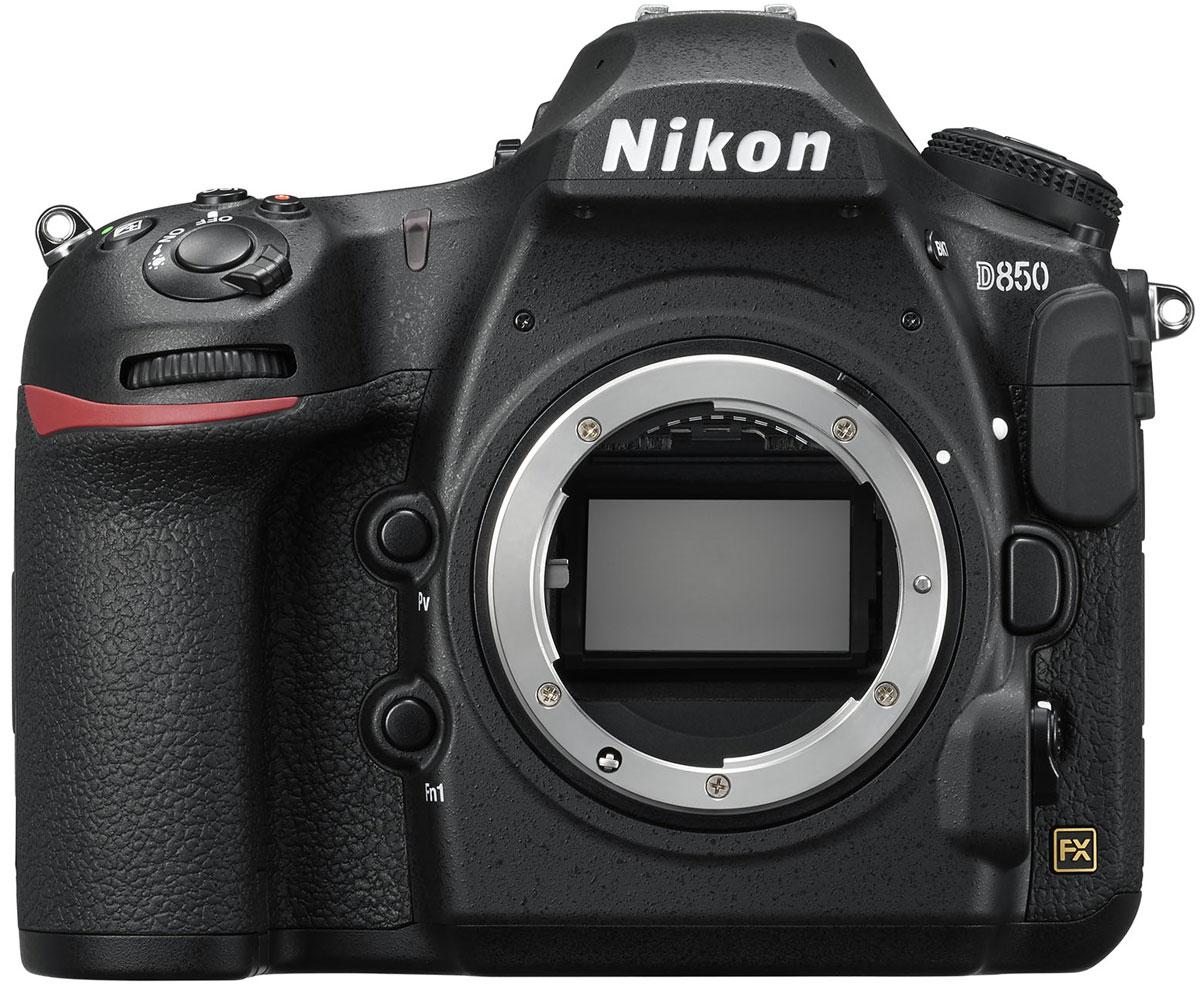 Nikon D850 Body цифровая зеркальная фотокамераVBA520AEЦифровая зеркальная камера Nikon D850 оснащена быстродействующей матрицей формата FX со сверхвысоким разрешением, использующей 45,7 эффективных мегапикселей, что позволяет получать изображения с высокой детализацией и разрешением 45,4 Мпикс.Печатайте изображения сверхвысокого разрешения на бумаге сверхбольшого формата. Снимайте полнокадровые видеоролики с разрешением 4K. КМОП-матрица с обратной подсветкой не имеет оптического низкочастотного фильтра и оснащена встроенными микролинзами без зазора, а также антибликовым покрытием.Входящий свет более эффективно улавливается фотодиодами, обеспечивая исключительную детализацию и невероятный динамический диапазон. А 153-точечная система АФ, унаследованная от модели D5, гарантирует предельную точность фокусировки и широкий охват кадра, что необходимо для получения полнокадровых изображений со сверхвысоким разрешением.Оцените практически полное отсутствие шумов при высоких значениях чувствительности ISO и невероятную точность при съемке в условиях, близких к полной темноте. Быстрая система обработки изображений Nikon EXPEED 5, унаследованная от модели D5, обеспечивает великолепное качество изображений во всем невероятно широком диапазоне чувствительности ISO. Высокочувствительная система автофокусировки работает с потрясающей точностью вплоть до -3 EV для всех точек фокусировки, а центральная точка функционирует даже при -4 EV (ISO 100, 20 °C). 180K-пиксельный датчик RGB и улучшенная система распознавания сюжетов позволяют получать впечатляющие результаты при уровне освещенности вплоть до -3 EV.Фотокамера D850 не просто работает — она выходит на новый уровень совершенства. Снимая в формате RAW, вы гарантированно получите безупречное качество изображений независимо от того, какой размер вы выберете — большой, средний или маленький. Также это первая в мире цифровая зеркальная фотокамера со встроенным режимом совмещения фокуса, позволяющим создавать исключительно резкие изоб