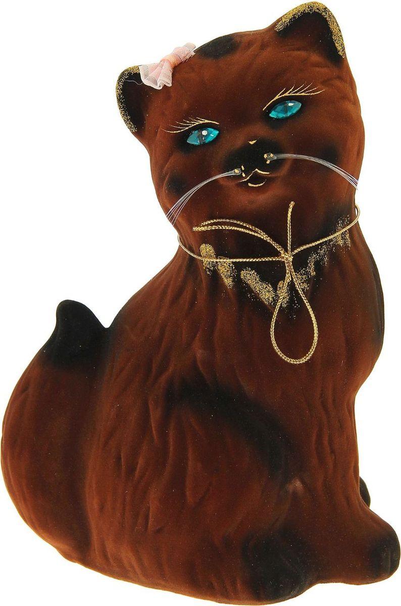 Копилка Керамика ручной работы Кошка Сима, 13 см х 21 см х 28 см1148315Женщины любят баловать себя покупками для красоты и здоровья. С помощью такой копилки можно незаметно приблизиться к приобретению желаемого. Образ кошки всегда олицетворял привлекательность и символизировал домашнее спокойствие. Поставьте изделие возле предметов роскоши, и оно будет способствовать их преумножению. Обращаем ваше внимание, что копилка является одноразовой.