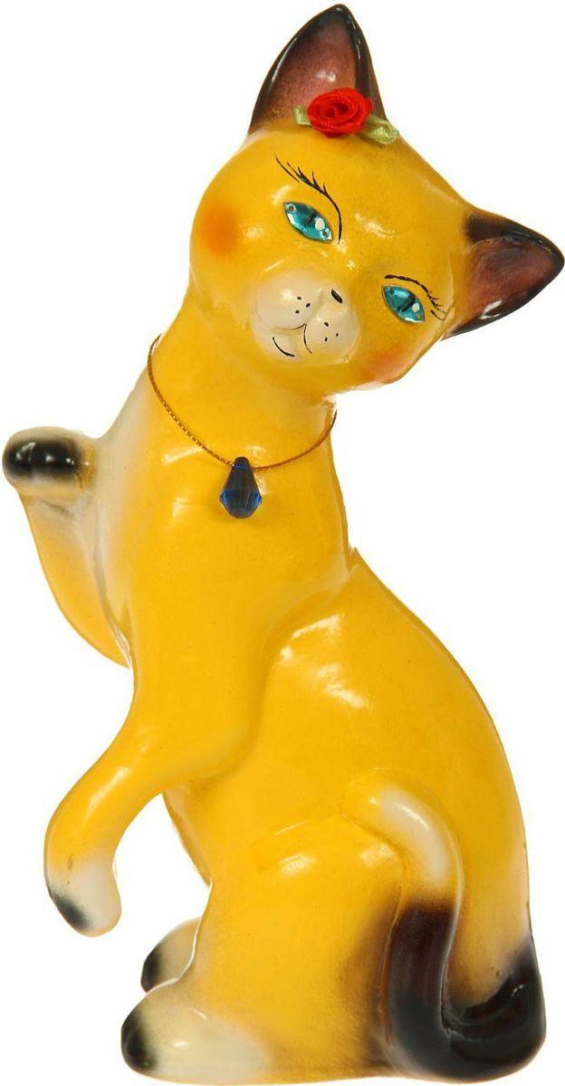 Копилка Керамика ручной работы Кошка Лапушка, 10 х 13 х 28 см1354762Женщины любят баловать себя покупками для красоты и здоровья. С помощью такой копилки можно незаметно приблизиться к приобретению желаемого. Образ кошки всегда олицетворял привлекательность и символизировал домашнее спокойствие. Поставьте изделие возле предметов роскоши, и оно будет способствовать их преумножению. Обращаем ваше внимание, что копилка является одноразовой.
