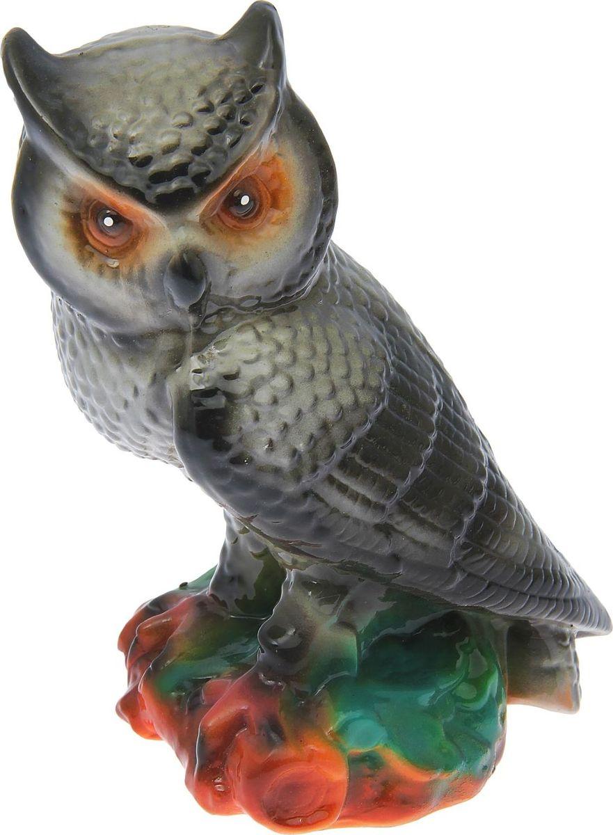 Копилка Керамика ручной работы Сова малая, 14 х 14 х 26 см1573616Если вы стремитесь приумножить свои доходы, поместите копилку с пернатым товарищем в спальню. Складывайте в неё монетки любого достоинства, и вы будете приятно удивлены накопленной суммой.Птицы являются олицетворением полёта души, любви, счастья, а также вдохновляют на развитие, процветание и оптимизм. Обращаем ваше внимание, что копилка является одноразовой.