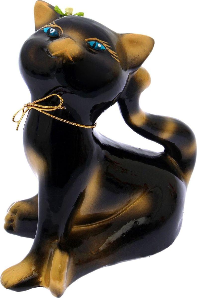 Копилка Керамика ручной работы Анфиса, 18 х 14 х 18 см1654834Женщины любят баловать себя покупками для красоты и здоровья. С помощью такой копилки можно незаметно приблизиться к приобретению желаемого. Образ кошки всегда олицетворял привлекательность и символизировал домашнее спокойствие. Поставьте изделие возле предметов роскоши, и оно будет способствовать их преумножению. Обращаем ваше внимание, что копилка является одноразовой.