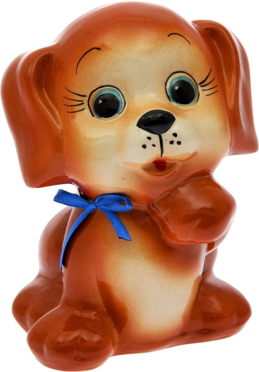 Копилка Собака Тобик, 13,5 х 13 х 18 см2008Копилка — универсальный вариант подарка любому человеку, ведь каждый из нас мечтает о какой-то дорогостоящей вещи и откладывает или собирается откладывать деньги на её приобретение. Вместительная копилка станет прекрасным хранителем сбережений и украшением интерьера. Она выглядит так ярко и эффектно, что проходя мимо, обязательно захочется забросить пару монет. Обращаем ваше внимание, что копилка является одноразовой.