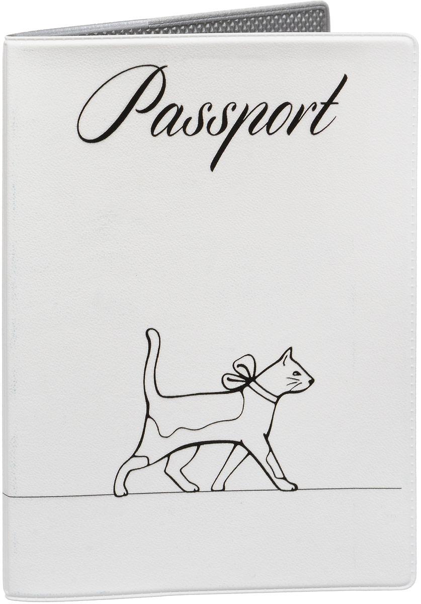 Обложка для паспорта Mitya Veselkov Кошка на прогулке, цвет: черный, белый. OZAM432ВинилОбложка для паспорта Mitya Veselkov выполнена из приятного наощупь качестенного винила. Такая обложка не только поможет сохранить внешний вид ваших документов и защитит их от повреждений, но и станет стильным аксессуаром, идеально подходящим вашему образу. Яркая и оригинальная обложка подчеркнет вашу индивидуальность и изысканный вкус.Обложка для паспорта стильного дизайна может быть достойным и оригинальным подарком. Обложка подходит как для российского, так и для заграничного паспорта. Размер: 13,8 x 9,5 см.