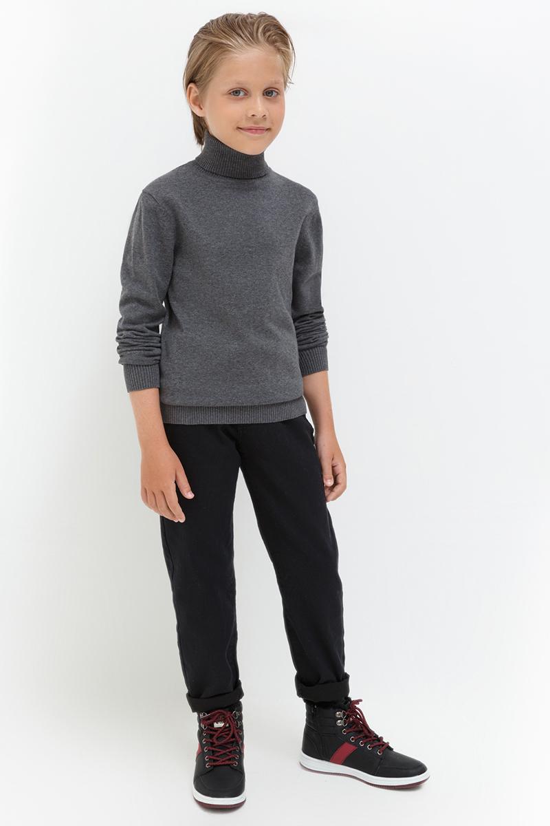 Брюки для мальчика Acoola Indian, цвет: черный. 20120160124. Размер 11020110160121/20120160124Базовые брюки от Acoola узкого кроя, выполненные из хлопкового твила. Модель с пятью карманами, регулируемой резинкой на талии, застежкой на молнию и пуговицу.