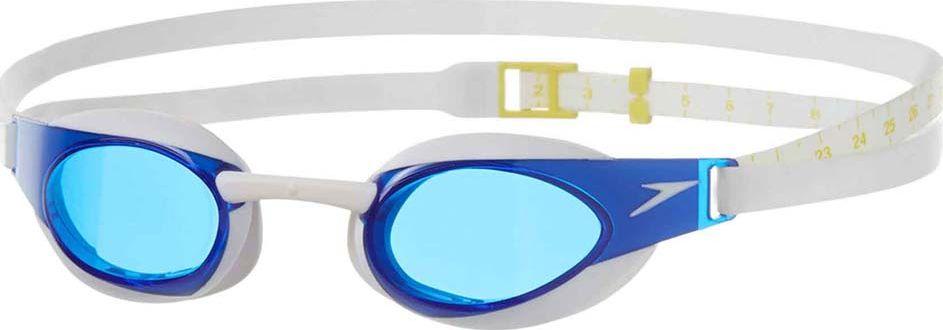 Очки для плавания Speedo Fastskin3 Elite Goggle. Цвет: белый, голубой8-082114284Узкие низкопрофильные очки для соревнований и активных спортивных тренировок. Дизайн модели обеспечивает минимальное сопротивление воды и отличный периферийный обзор. КОМФОРТНАЯ ПОСАДКА Конструкция очков, созданная на базе инновационной технологии IQfit, гарантирует оптимальный комфорт и надежную фиксацию. Сверхточная 3D модель полностью повторяет строение лица, обеспечивая плотное прилегание и уменьшая следы вокруг глаз. МАКСИМАЛЬНЫЙ ОБЗОР Уникальная форма низкопрофильных линз обеспечивает широкий периферийный обзор на 180 градусов. ИНДИВИДУАЛЬНАЯ АДАПТАЦИЯ Сменные носовые дужки позволят адаптировать очки под себя. Регулируемый ремешок помогает оптимизировать посадку. ЗАЩИТА ОТ ЗАПОТЕВАНИЯ Покрытие AntiFog препятствует запотеванию. ЧЕТКОСТЬ ИЗОБРАЖЕНИЯ Голубые линзы снижают яркость бликов в воде.