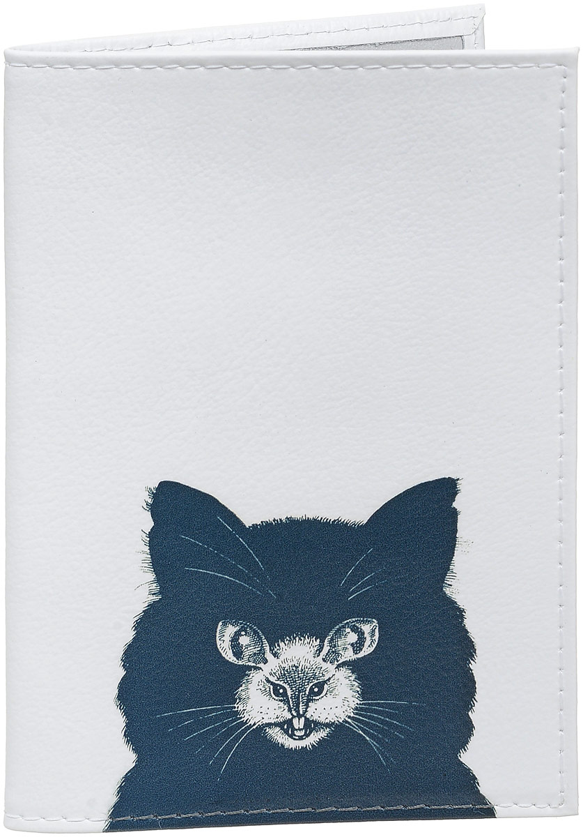 Обложка для паспорта Mitya Veselkov Кошка или мышь, цвет: черный, белый. OK419OK419Обложка для паспорта Mitya Veselkov выполнена из натуральной кожи. Такая обложка не только поможет сохранить внешний вид ваших документов и защитит их от повреждений, но и станет стильным аксессуаром, идеально подходящим вашему образу. Яркая и оригинальная обложка подчеркнет вашу индивидуальность и изысканный вкус. Обложка для паспорта стильного дизайна может быть достойным и оригинальным подарком. Обложка подходит как для российского, так и для заграничного паспорта. Размер: 13,8 x 9,5 см.