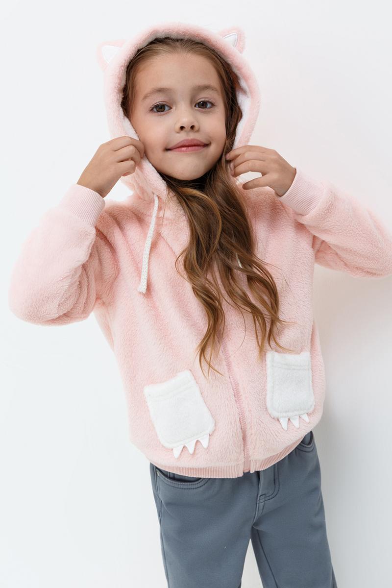 Куртка для девочки Acoola Anny, цвет: светло-розовый. 20220170046. Размер 10420220170046Куртка от Acoola выполнена из мягкого искусственного меха яркой расцветки, декорирована ушками и мордочкой лисички на капюшоне и накладными карманами в виде лапок. Модель с капюшоном на кулиске, эластичными трикотажными манжетами и поясом и застежкой на молнию.