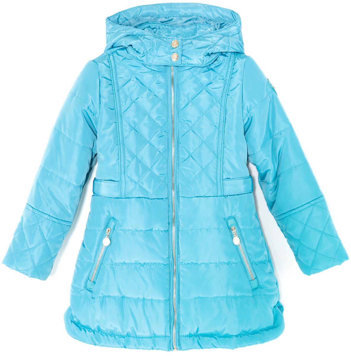 Пальто для девочки Acoola Swiss, цвет: бирюзовый. 20220610014. Размер 10420220610014Стеганое пальто от Acoola на синтепоне, с воротником-стойкой и отстегивающимся капюшоном, декорированное контрастной отделкой из искусственной кожи и небольшой нашивкой на рукаве. Модель с потайной кулиской на талии, застежкой на молнию с защитой подбородка, хлястиками для регулировки объема на талии и прорезными карманами на молнии по бокам.