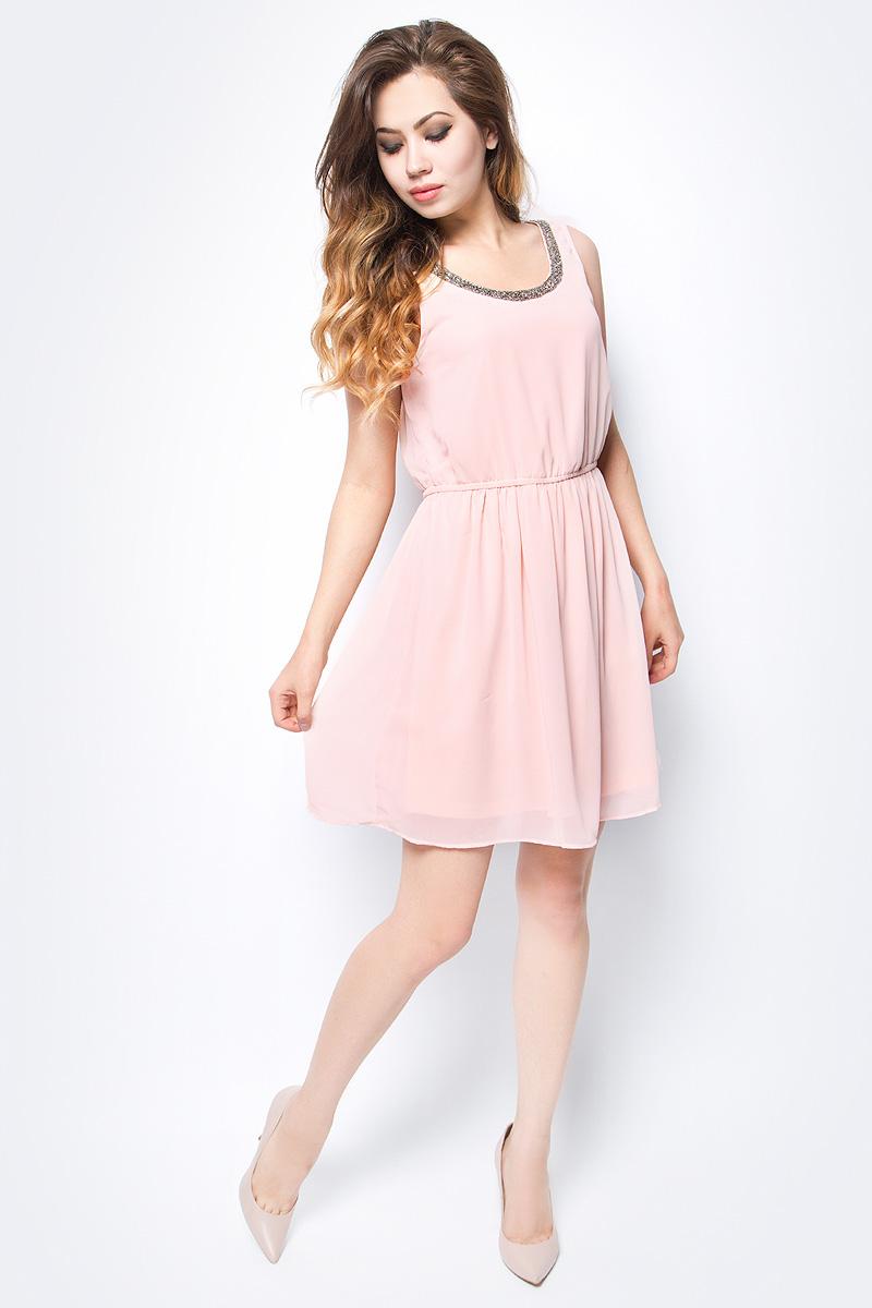 Платье женское Only, цвет: розовый. 15135571_Peach Whip. Размер 34 (40)15135571_Peach WhipСтильное платье Only, выполненное из высококачественного материала, прекрасный вариант для модных женщин, желающих подчеркнуть свою индивидуальность и хороший вкус. Модель без рукавов, с круглым вырезом горловины, застегивается на молнию сбоку. Платье приталенное на резинке, оно предаст еще более привлекательный силуэт своей владелице. Красивое и необычное платье сделает вас неотразимой и потрясающей.
