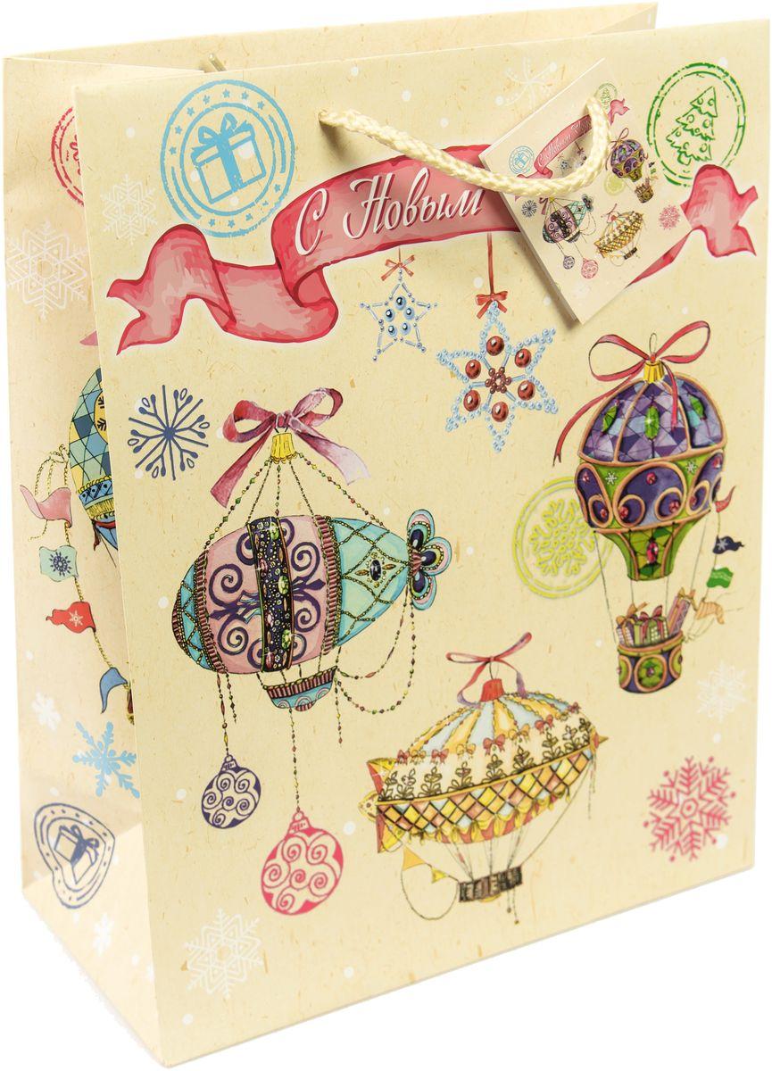 Пакет подарочный Magic Time Новогодние воздушные шары, цвет: бежевый, красный, розовый, 26 х 32,4 х 12,7 см75310Новогодний подарочный пакет Новогодние воздушные шары от Magic Time - это стильный и практичный вариант упаковки подарка к любимому всеми празднику. Авторский дизайн, красочное изображение, тематический рисунок - все слагаемые оригинального оформления подарка. Окружите близких людей вниманием и заботой, вручив презент в нарядном, праздничном оформлении. Пакет с матовой ламинацией изготовлен из плотной бумаги. Для удобства переноски имеются две веревочные ручки. Дно укреплено картоном.