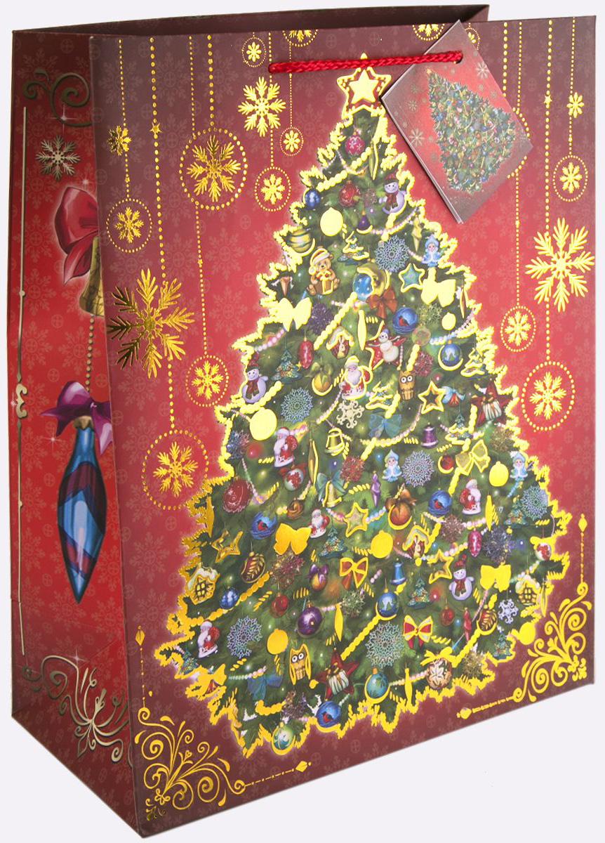 Пакет подарочный Magic Time Новогодняя ночь, 26 х 32,4 х 12,7 см75360Новогодний подарочный пакет Новогодняя ночь от Magic Time - это стильный и практичный вариант упаковки подарка к любимому всеми празднику. Авторский дизайн, красочное изображение, тематический рисунок - все слагаемые оригинального оформления подарка. Окружите близких людей вниманием и заботой, вручив презент в нарядном, праздничном оформлении. Пакет с матовой ламинацией изготовлен из плотной бумаги. Для удобства переноски имеются две веревочные ручки. Дно укреплено картоном. Подарочный пакет с тиснением придаст дополнительный запоминающийся эффект от подарка или покупки.