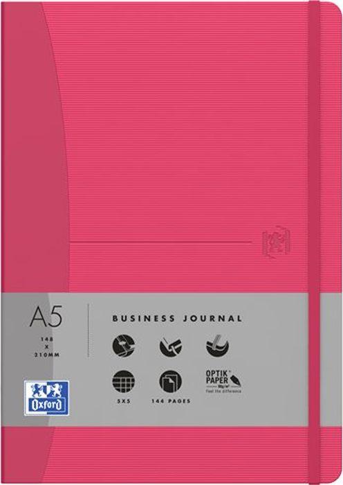 Oxford Блокнот Office Signature цвет красный 72 листа в клетку400049431Премиальные блокноты Oxford Office Signature идеально подойдут для ежедневных записей и заметок. Широкий ассортимент форматов и цветов не оставит равнодушным ни одного профессионала.Основные характеристики:-Прочная текстурированная обложка из ламинированного плотного картона с закругленными углами.-Надежный переплет (прошивка корешка нитками).-Закладка-ляссе в цвет обложки.-Уникальная бумага Optik Paper 80г/м2 (72 листа).-Задний карман для хранения мелочей. -Эластичная фиксирующая резинка.-Полезные информационные страницы.