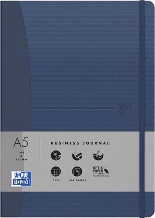 Oxford Блокнот Office Signature цвет синий 72 листа в линейку400053009Премиальные блокноты Oxford Office Signature идеально подойдут для ежедневных записей и заметок. Широкий ассортимент форматов и цветов не оставит равнодушным ни одного профессионала.Основные характеристики:-Прочная текстурированная обложка из ламинированного плотного картона с закругленными углами.-Надежный переплет (прошивка корешка нитками).-Закладка-ляссе в цвет обложки.-Уникальная бумага Optik Paper 80г/м2 (72 листа).-Задний карман для хранения мелочей. -Эластичная фиксирующая резинка.-Полезные информационные страницы.