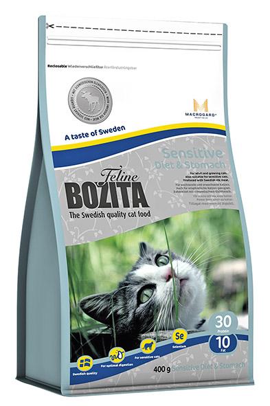 Корм сухой Bozita Feline Sensitive Diet & Stomach, для кошек с чувствительным пищеварением, придерживающихся диеты, c избыточным весом, 400г41729Сухой корм Feline Sensitive Diet & Stomach -полнорационное, сбалансированное питание супер премиум класса для кошек с чувствительным пищеварением, придерживающихся диеты, для кошек с избыточным весом.Питание содержит мясо лося, которое делает его особенно вкусным. Также в питании содержится инулин цикория - источник фруктоолигосахаридов, которые поддерживают в форме чувствительное пищеварение кошки и MacroGard®(?-1,3/1,6-глюкан)- уникальный натуральный иммуностимулятор, который усиливает собственную иммунную систему кошки. Состав: сушеное куриное мясо (26%), мука пшеничная хлебопекарная, рис, кукуруза, мясо лося (шведское, 5,2%), гидролизованное куриное мясо, сушеная свинина, костный жир, кукурузный глютен, сушеная арктическая рыба, минеральные вещества, дрожжи (в т.ч. ? -1.3/1.6-глюкан 0,05%), сушеный свекловичный жом, инулин цикория (фруктоолигосахариды 0,63%). Добавки (на кг): пищевые добавки: витамин А 10000 МЕ, витамин D3 1000 МЕ, витамин Е (рацемический ?-токоферола ацетат) 60 мг, таурин 800 мг, DL-метионин 2000 мг, сульфат меди (II), пентагидрат 40 мг, марганца (II) оксид/ марганца (III) оксид 11,6 мг, сульфат цинка, моногидрат 197 мг, йодат кальция, безводный 5 мг, селенит натрия 6,6 мг. Технические добавки: антиоксиданты. Высокоэнергетические компоненты защищены антиоксидантами, сертифицированными ЕС. Анализ: белок 30%, жир 10%, сырая клетчатка 1,5%, сырая зола (минеральные вещества) 6,9% (в т.ч. кальций 1,2%, фосфор 1,0%, магний 0,09%), влага 10%. Энергетическая ценность: 1390 кДж/100г