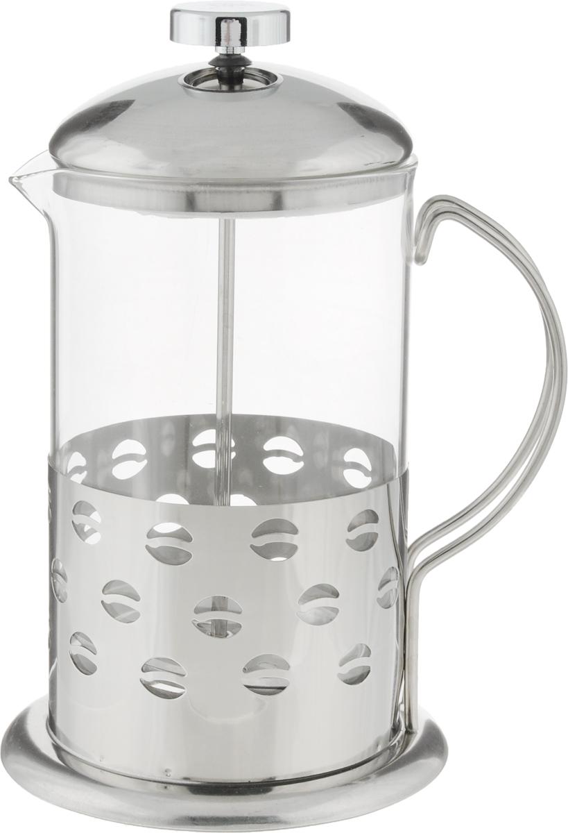Френч-пресс Wellberg Кофе, 0,8 л. 6982 WB6982 WB_кофеФренч-пресс Wellberg Кофе, выполненный из нержавеющей стали, поможет приготовить вкусный ароматный чай или кофе. Колба изготовлена из термостойкого стекла, которое выдерживает температуру до 120°С. Изделие дополнено перфорацией в виде геометрических фигур. Утолщенный ободок колбы повышает прочность и продлевает срок службы изделия. Форма края носика препятствует образованию подтеков. Плотно прилегающая крышка позволяет надолго сохранить аромат напитка. Стальной фильтр-поршень обеспечивает равномерную циркуляцию воды и насыщенность напитка. С его помощью также можно регулировать степень крепости напитка. Засыпая чайную заварку или кофе под фильтр, заливая горячей водой, вы получаете ароматный напиток с оптимальной крепостью и насыщенностью. Остановить процесс заваривания легко, для этого нужно просто опустить поршень, и все уйдет вниз, оставляя вверху напиток, готовый к употреблению.Высота френч-пресса: 20 см. Диаметр колбы (по верхнему краю): 10 см. Диаметр основания: 12 см.