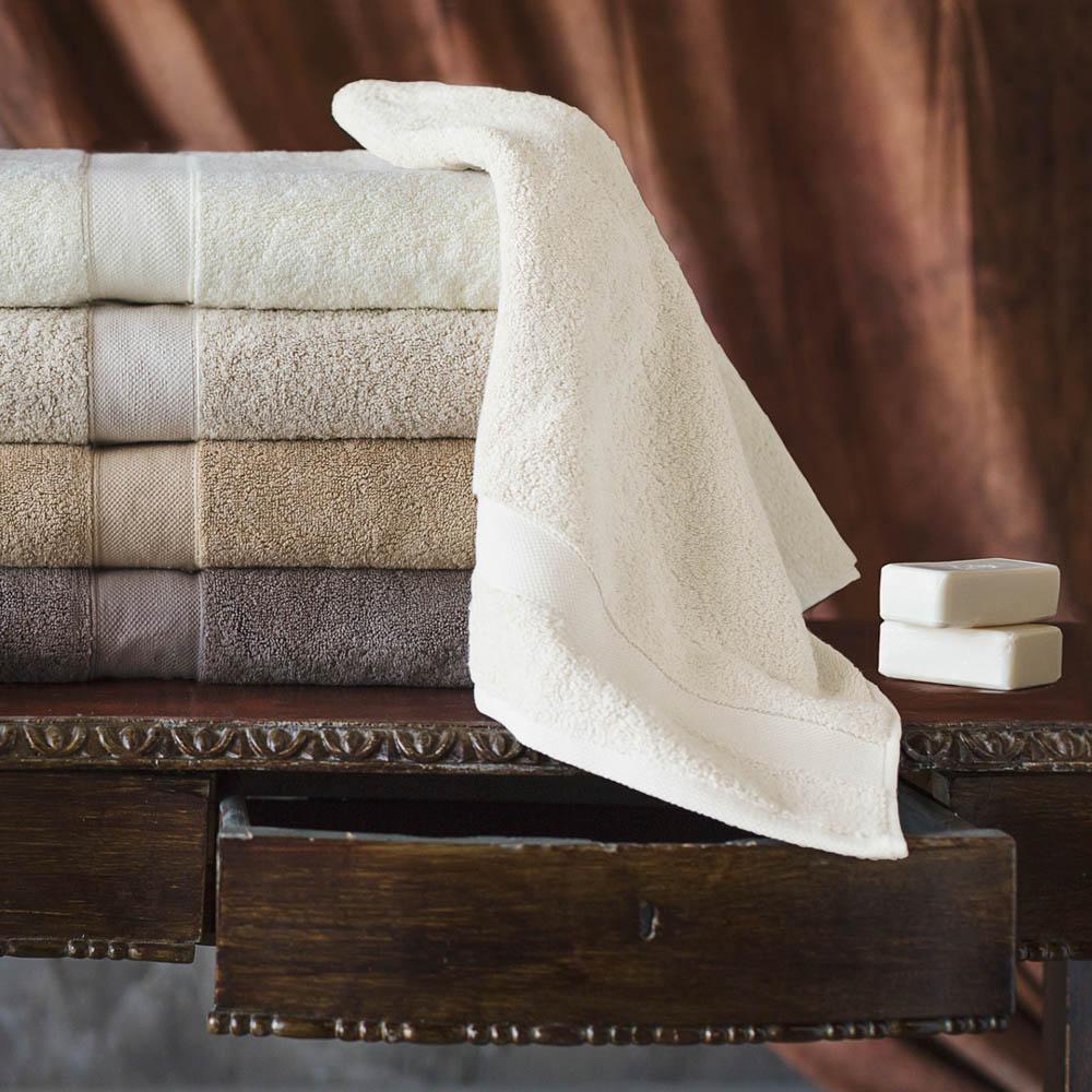 Полотенце банное William Roberts  Aberdeen , цвет: молочный, 70 х 140 см - Полотенца