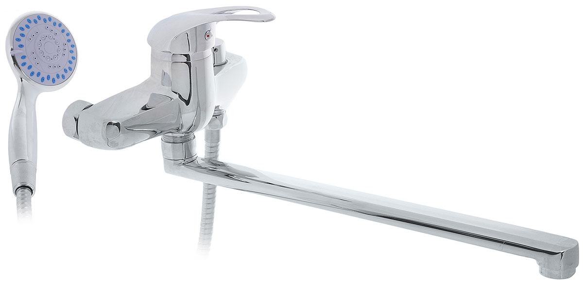 Смеситель для ванны Tsarsberg, с L-образным изливом. ИС.240049ИС.240049Смеситель для ванны Tsarsberg изготовлен из высококачественного силумина. Инновационныетехнологии литья и обработки силумина, а также увеличенная толщина стенок смесителяобеспечивают его стойкость к перепадам давления и температур.Покрытие полностьюсоответствует европейским стандартам качества, обеспечивает его стойкость и зеркальныйблеск в течение всего срока службы изделия. Аэратор гарантирует ровный и мягкий поток воды без брызг. Встроенный ограничитель потокаоптимизирует расход воды без потери комфорта при использовании. В комплект входят лейка ишланг со встроенным керамическим переключением.Аэратор:съемный пластиковый.Картридж: керамический 40 мм.Длина излива: 35 см.