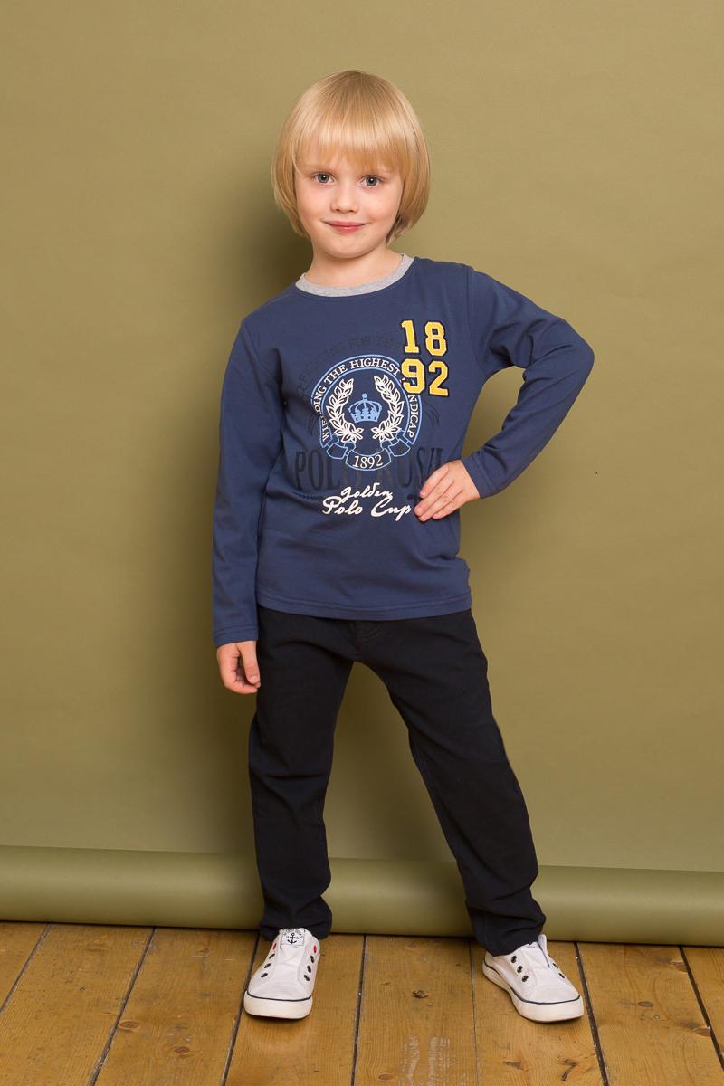 Брюки для мальчика Sweet Berry, цвет: темно-синий. 733061. Размер 104733061Модные текстильные брюки для мальчика от Sweet Berry выполнены из эластичного хлопка. Застегиваются на молнию и пуговицу. Шлевки на поясе рассчитаны под ремень. В боковой части пояса находятся вшитые эластичные ленты, регулирующие посадку по талии. Зауженный крой, средняя посадка.