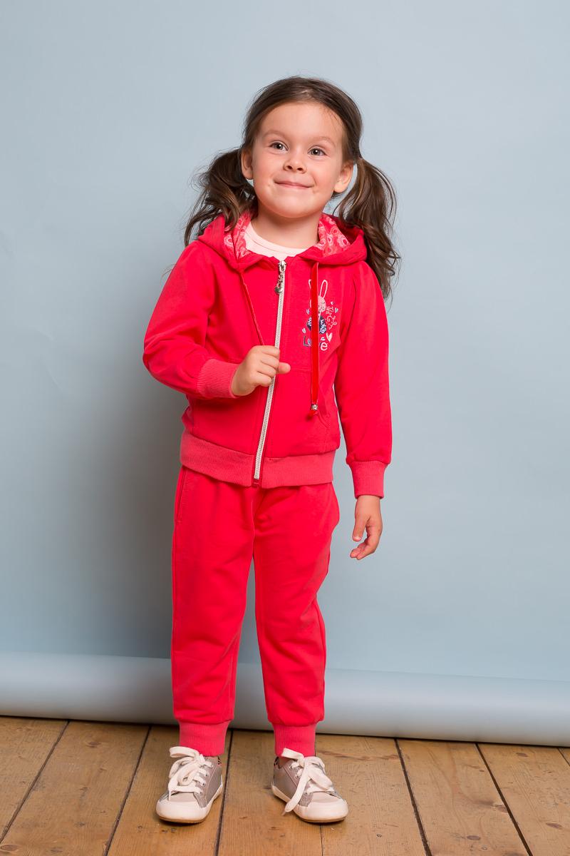 Брюки спортивные для девочки Sweet Berry Baby, цвет: коралловый. 732121. Размер 86732121Трикотажные брючки для девочки с мягким поясом и со шнуром для регулирования объема по талии. Низ брючин собран на мягкий манжет.