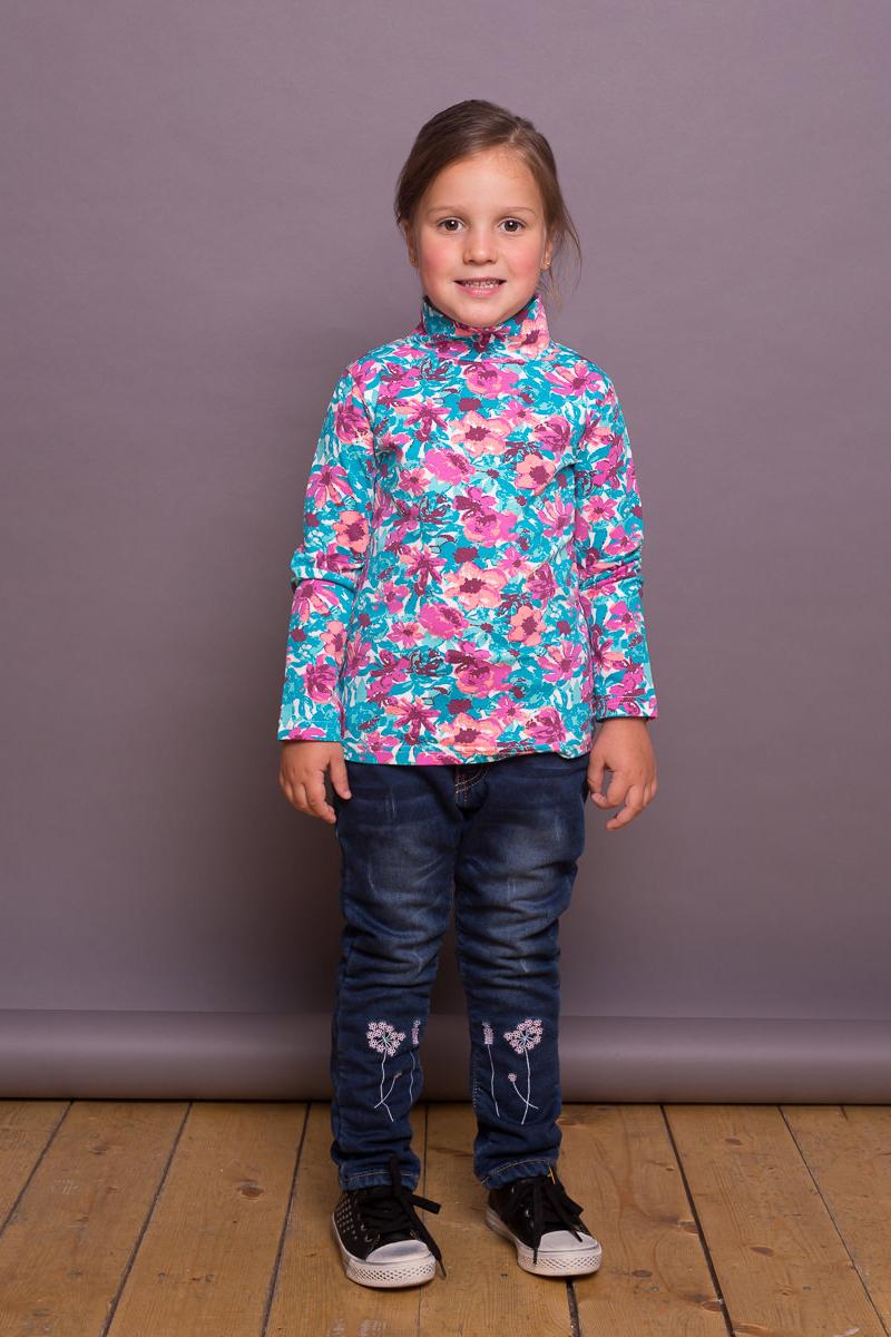 Водолазка для девочки Sweet Berry, цвет: бирюзовый, розовый. 734012. Размер 122734012Яркая водолазка для девочки от Sweet Berry, декорированная оригинальным цветочным печатным рисунком, выполнена из трикотажной ткани. Модель с длинными рукавами и воротником-гольф.