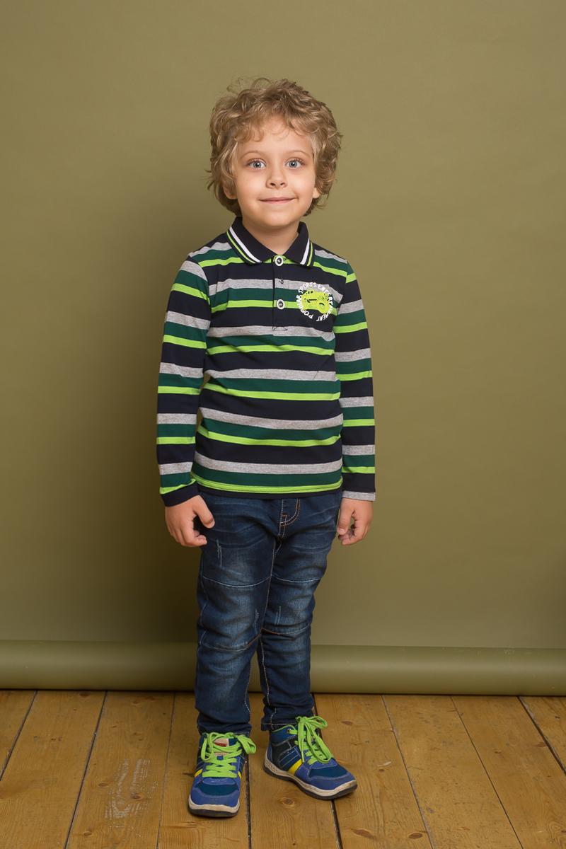 Поло для мальчика Sweet Berry, цвет: зеленый, серый. 733100. Размер 110733100Классическое трикотажное поло для мальчика от Sweet Berry выполнено из эластичного хлопка в полоску. Модель с длинными рукавами и отложным воротником на груди застегивается на пуговицы.