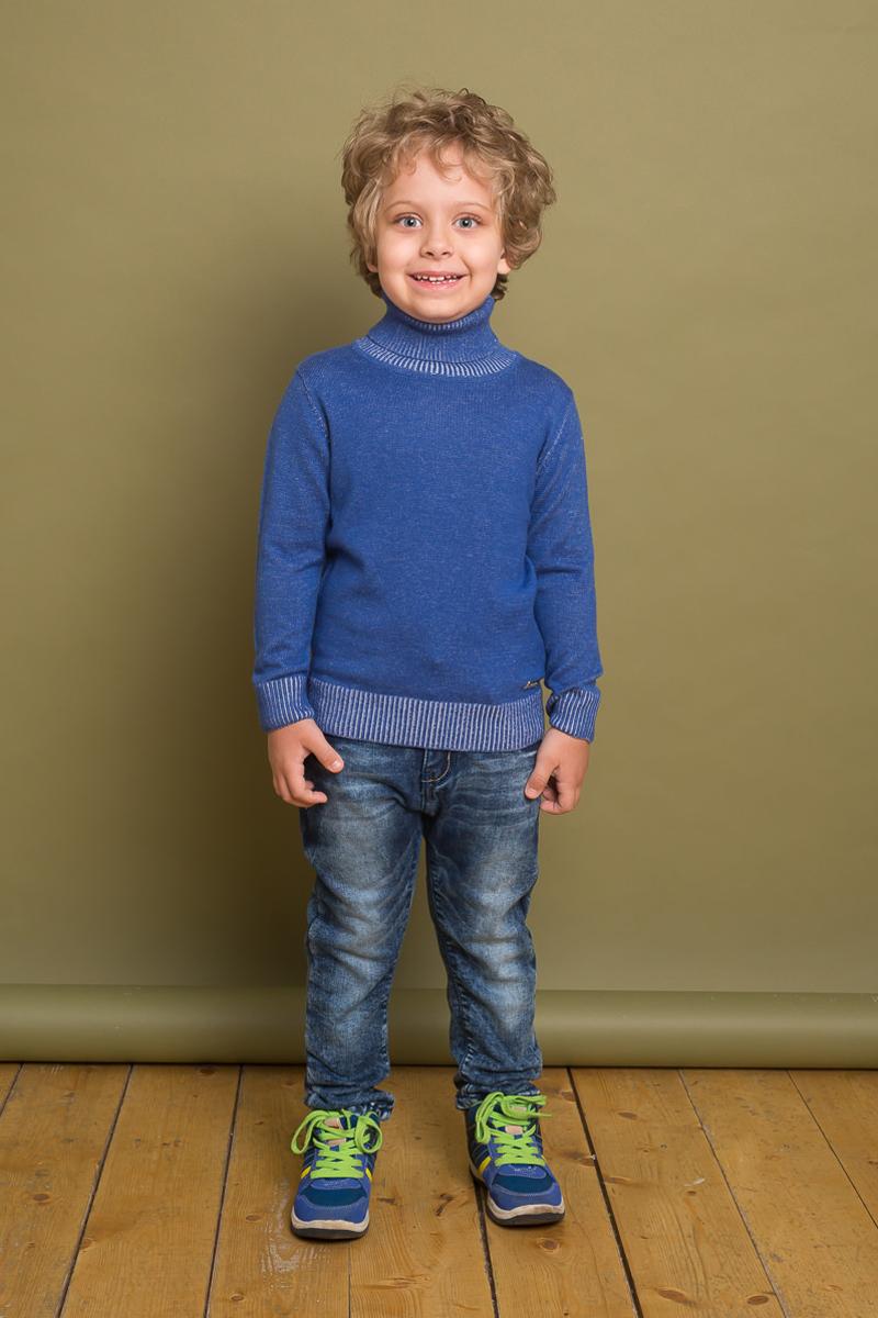 Водолазка для мальчика Sweet Berry, цвет: синий. 733094. Размер 128733094Классическая вязанная водолазка для мальчика светло-синего цвета. Горловина, манжеты рукавов и низ изделия выделены контрастной вязкой.