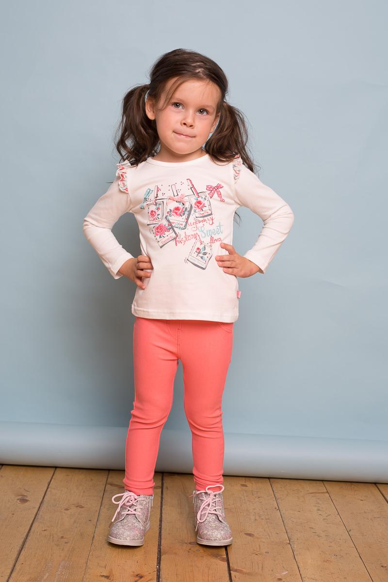 Брюки для девочки Sweet Berry Baby, цвет: розовый. 732103. Размер 92732103Стильные брюки-джеггинсы Sweet Berry Baby для девочки выполнены из мягкого трикотажного плотная. Сзади расположены два накладных кармана. Мягкий эластичный пояс дополнен шлевками для ремня.