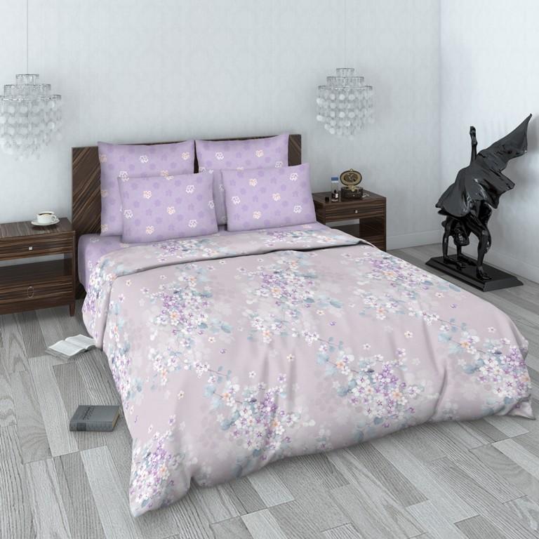 Комплект белья Василиса, 1,5-спальный, наволочки 70x70. 159965159965Комплекты постельного белья Василиса коллекции Люкс (из сатина, 100% хлопок) - это российский продукт высочайшего качества ткани, с полноценной евро-простыней и дизайнерскими расцветками. Бесшовное. Ткань очень приятна на ощупь, блестящая и плотная. Сатиновое постельное белье долговечно и выдерживает большое число стирок. Не пилингуется. Способ застегивания наволочки - клапан, пододеяльника - отверстие без застежки по краю изделия с подвернутым краем.
