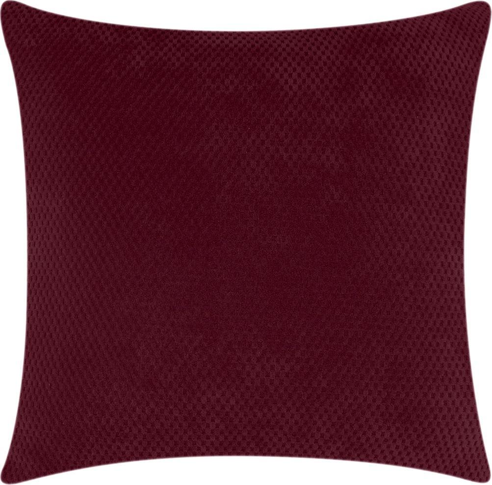 Чехол для подушки Медежда Бирмингем, цвет: фиолетовый1415031110000Чехол для подушки Медежда Бирмингем изготовлен из стрейчевого велюра. Поверхность велюра приятна для прикосновений. Сочетание нежности и прочности - визитная карточка велюра. Вещи из него даже спустя много лет смотрятся, как новые. Велюр - по праву один из уверенных лидеров среди тканей. Тонкий геометрический дизайн добавляет уют помещению.