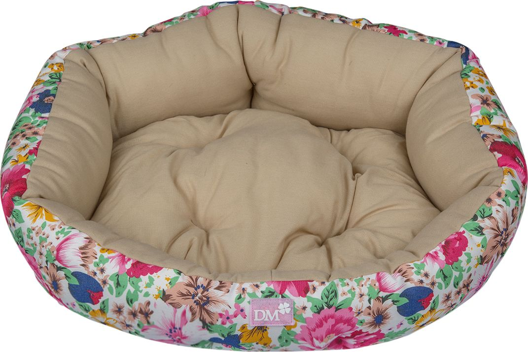 Лежак для животных Dogmoda Цветы, 49 x 46 x 13 см. DM-160114SPCR60/60Лежак Dogmoda Цветы предназначен для собак мелких пород и кошек. Выполнен из полульна сцветочным принтом. Наполнитель выполнен из полиэфирного волокна. Лежак очень удобный, уютный и оснащен высокими бортиками. Ваш любимец сразу же захочетзабраться на лежак, там он сможет отдохнуть и подремать в свое удовольствие. Компактныеразмеры позволят поместить лежак, где угодно, а приятная цветовая гамма сделает егооригинальным дополнением к любому интерьеру.