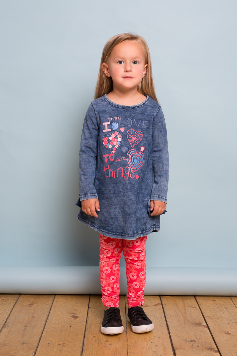 Леггинсы для девочки Sweet Berry Baby, цвет: коралловый. 732131. Размер 92732131Яркие леггинсы для девочки Sweet Berry Baby выполнены из трикотажного полотна с оригинальным печатным рисунком. Мягкий эластичный пояс обеспечит комфорт при носке.