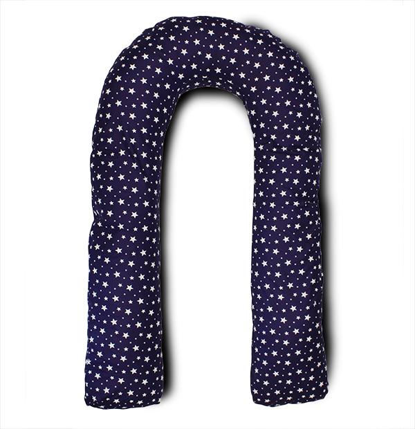 Body Pillow Подушка для беременных U-образная цвет темно-синий, белыйU90х150 холо зв син-белПодушка для беременных Body Pillow выполнена из высококачественного хлопка с наполнителем холлофайбер.Подушка для беременных в форме U - самая популярная и самая большая подушка, которая помогает будущей маме комфортно устроиться во время дневного и ночного отдыха. Она равномерно поддерживает спинку и растущий животик, и при переворачивании на другую сторону подушку не нужно перетаскивать за собой, она обнимает тело со всех сторон.