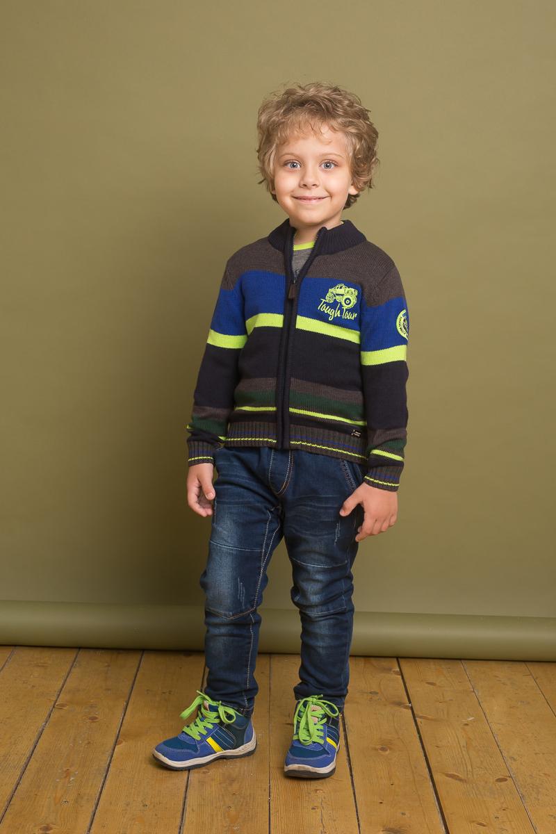 Кофта для мальчика Sweet Berry, цвет: коричневый, синий. 733092. Размер 122733092Стильная вязаная кофта для мальчика от Sweet Berry, декорированная вышивкой, выполнена из хлопковой ткани в полоску. Модель с длинными рукавами и высокой горловиной застегивается на молнию.
