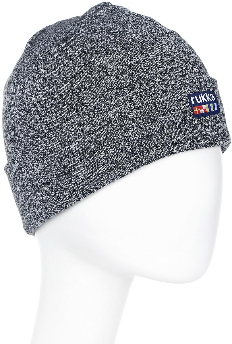 Шапка мужская Rukka, цвет: серый. 870682792RV-899. Размер L (60)870682792RV-899Мужская шапка Rukka выполнена из высококачественного материала. Теплая шапка с отворотом отлично подойдет для активного отдыха. Модель оформлена логотипом бренда.