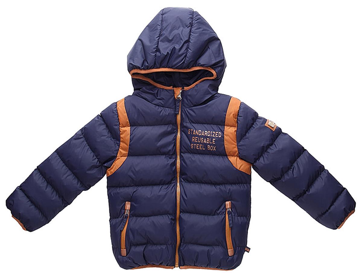 Куртка для мальчика Sweet Berry, цвет: темно-синий. 733067. Размер 98733067Утепленная стеганая куртка для мальчика от Sweet Berry выполнена из двух контрастных тканей. Несъемный капюшон. Два прорезных кармана застегивающиеся на молнию. Флисовая подкладка. Капюшон, рукава и низ изделия оформлены контрастной окантовочной резинкой. Куртка застегивается на молнию.