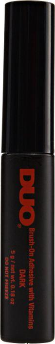 Темный клей для накладных ресниц DUO Dark Brush On Adhesive с кистью, 5 г56896Темный клей для накладных ресниц DUO Dark Brush On Adhesive содержит в комплекте тончайшую кисть, при помощи которой можно легко и быстро нанести клей на накладные ресницы и накладные пучки. Dark Brush On Adhesive не содержит латекса, его безопасная формула подходит даже для обладателей чувствительных глаз и для тех, кто носит линзы, кроме того, его состав обогащен витаминами А, С и Е.