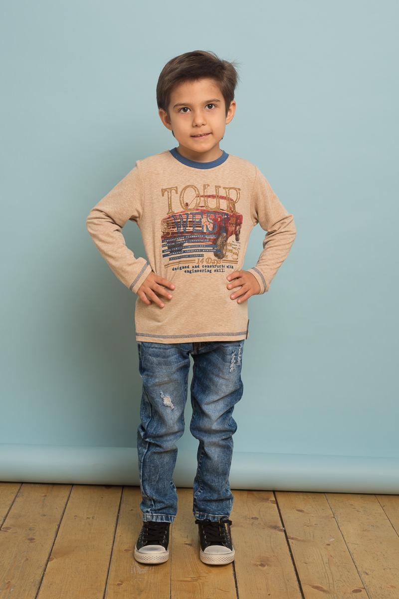 Футболка с длинным рукавом для мальчика Sweet Berry, цвет: бежевый. 733079. Размер 128733079Стильная трикотажная футболка с длинным рукавом из мягкой хлопковой ткани, декорированная оригинальным принтом и контрастной отделкой горловины изделия.