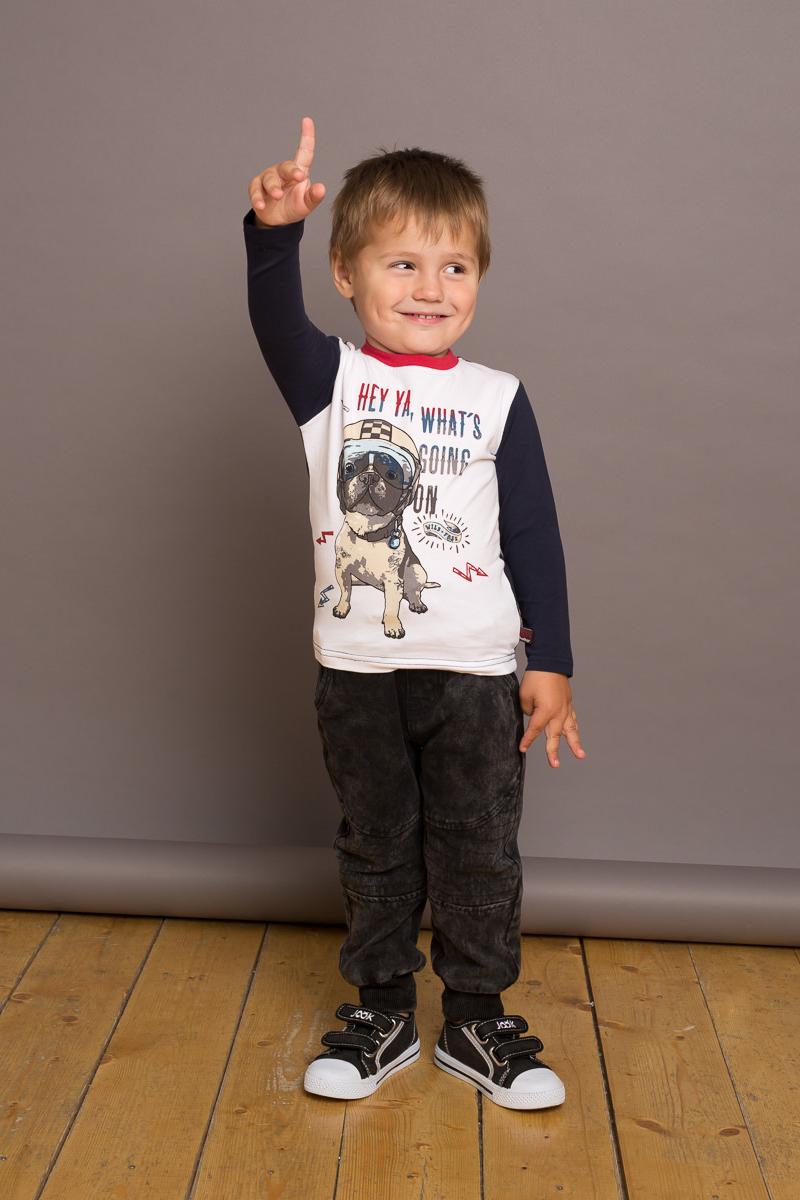 Футболка с длинным рукавом для мальчика Sweet Berry Baby, цвет: белый. 731064. Размер 98731064Трикотажная футболка Sweet Berry Baby с длинным рукавом выполнена из мягкой хлопковой ткани. Модель с рукавами контрастного цвета декорирована оригинальным принтом.