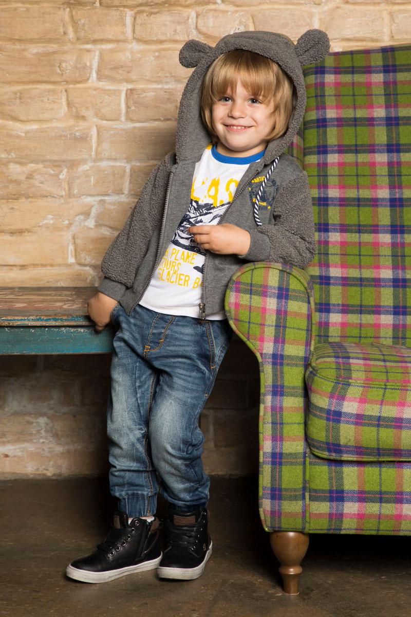 Толстовка для мальчика Sweet Berry Baby, цвет: темно-серый. 731046. Размер 98731046Утепленная толстовка из трикотажного полотна с начесом на молнии с капюшоном декорированная искусственным мехом и меховыми ушками на капюшоне.