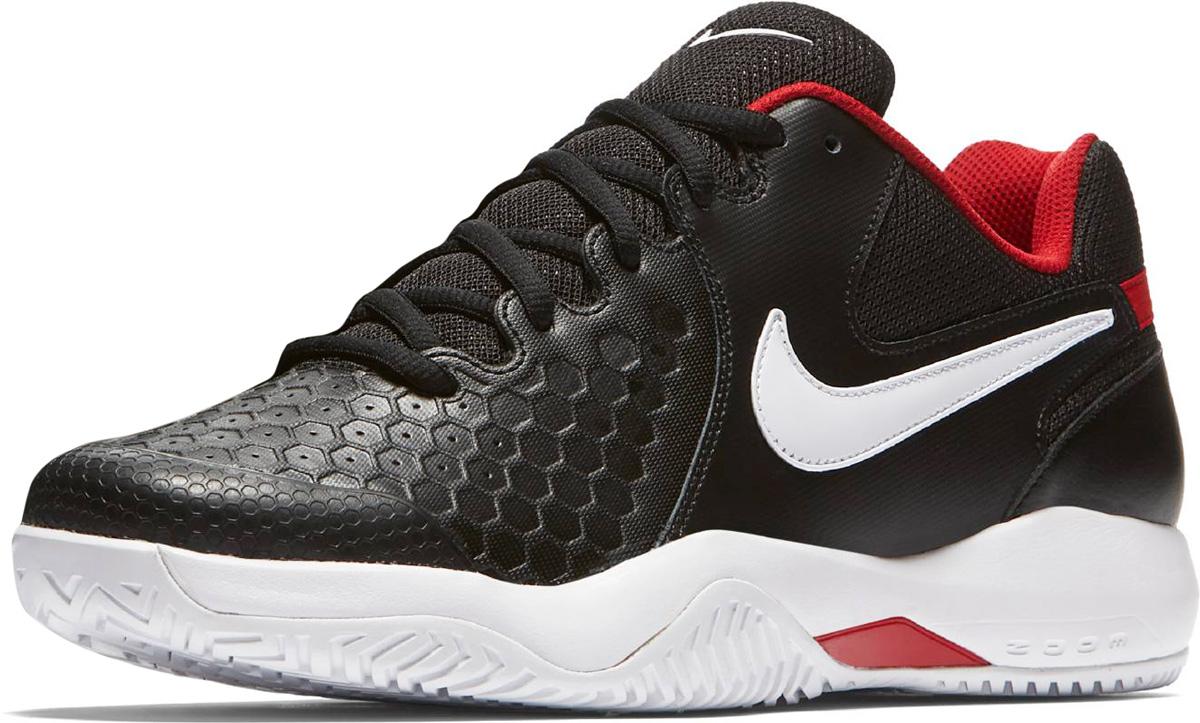 Кроссовки мужские Nike Air Zoom Resistance Tennis Shoe, цвет: черный, белый. 918194-001. Размер 11,5 (46)918194-001Мужские теннисные кроссовки Nike с верхом из кожи и текстиля обеспечивают легкость и износостойкость. Супинатор и вставка обеспечивают стабилизацию и амортизацию во время игры. Супинатор из материала TPU в средней части стопы обеспечивает боковую поддержку и стабилизацию при резкой смене направления и скоростных забегах. Подметка GDR с модифицированным зигзагообразным рисунком протектора создает превосходное сцепление на кортах с твердым покрытием. Подошва с рифлением обеспечивает отличное сцепление на любой поверхности. Мягкие и удобные кроссовки превосходно подчеркнут ваш спортивный образ и подарят комфорт.