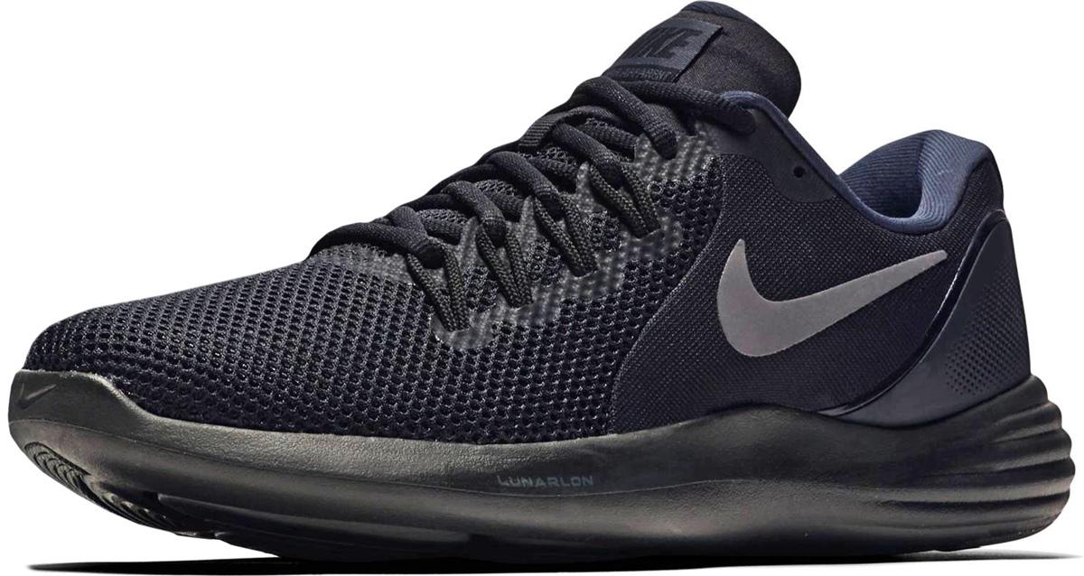 Кроссовки мужские Nike Lunar Apparent Running Shoe, цвет: черный. 908987-002. Размер 8,5 (41)908987-002Мужские беговые кроссовки Nike, выполненные из текстиля и пластика, дополнены фирменной нашивкой на язычке. Подметка с тиснением обеспечивает плавность движений. Контурный пеноматериал Lunarlon обеспечивает невероятную мягкость во время бега. Легкий дышащий верх из сетки. Амортизирующие и стабилизирующие накладки внутри бортика поддерживают голеностоп. Подметка распределяет давление при беге для зональной амортизации и естественности движений. Мягкие и удобные кроссовки превосходно подчеркнут ваш спортивный образ и подарят комфорт.