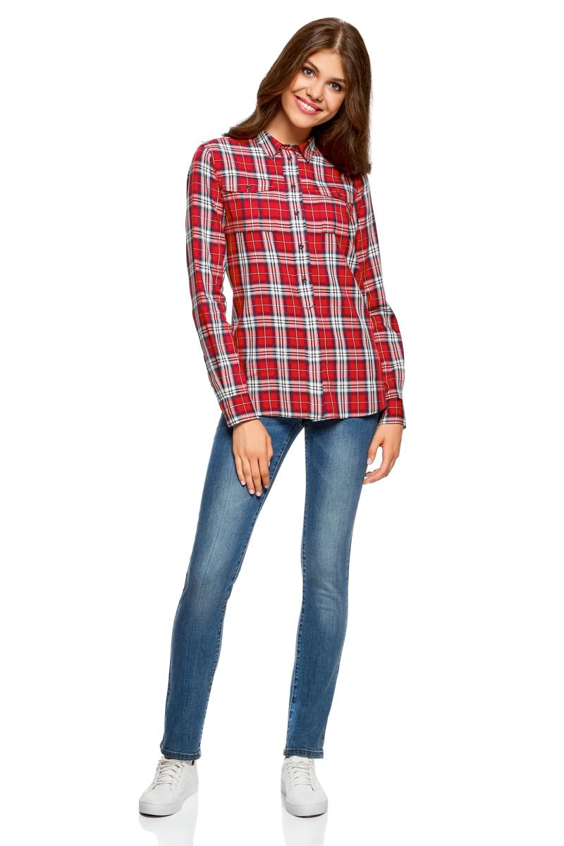 Рубашка женская oodji Ultra, цвет: красный, темно-синий. 11411114/45776/4579C. Размер 42 (48-170)11411114/45776/4579CСтильная женская рубашка oodji Ultra выполнена из натурального хлопка. Модель с отложным воротником и длинными рукавами застегивается спереди на шесть пуговиц. Манжеты рукавов дополнены застежками-пуговицами. Модель оформлена принтом в клетку. На груди расположены два накладных кармана с клапанами на пуговицах.